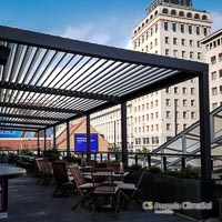Brisole pergola - STA Travel Cafe